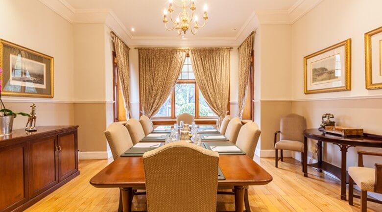 Courtyard Hotel Arcadia Guest Meeting Room