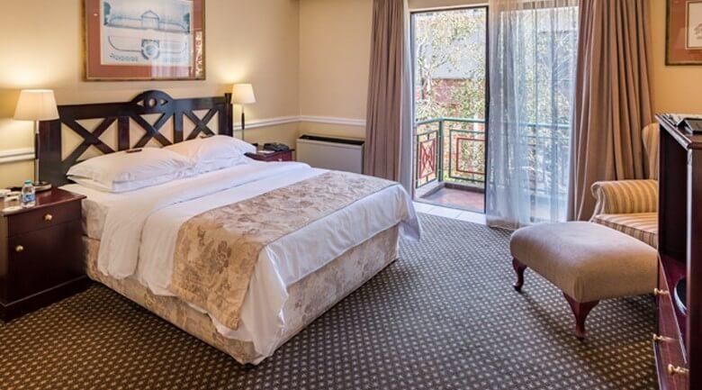 Courtyard Hotel Rosebank Guest Bedroom