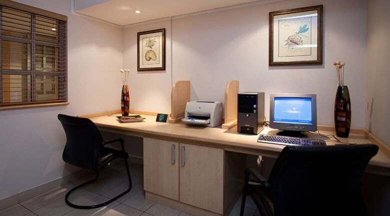 Road Lodge East London Business Travel
