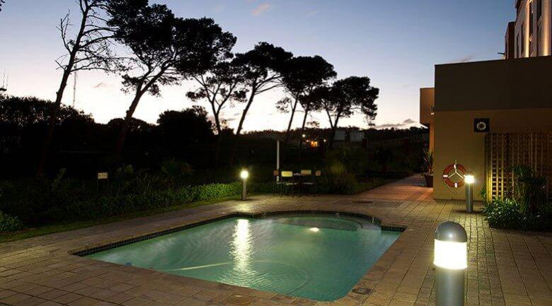 Road Lodge Port Elizabeth Airport Hotel Pool
