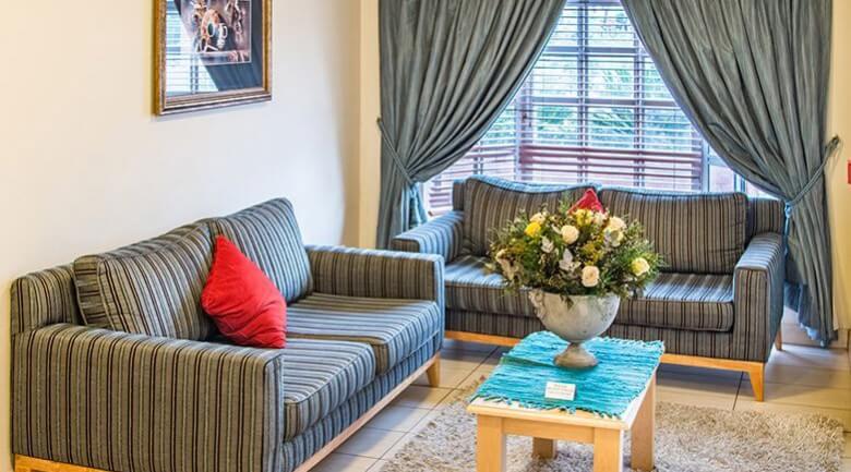 Road Lodge Potchefstroom Hotel Lounge