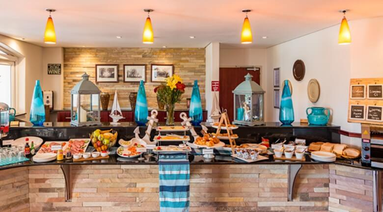 Town Lodge George breakfast buffet