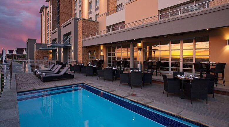 Town Lodge Port Elizabeth Hotel Pool
