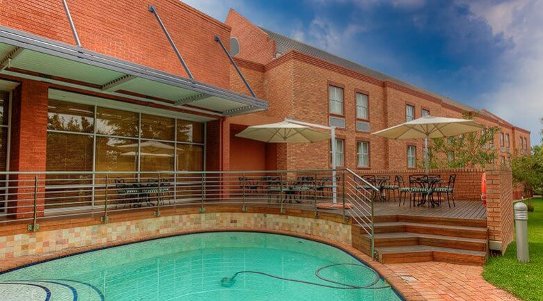 Town Lodge Sandton, Grayston Drive Hotel in Sandton