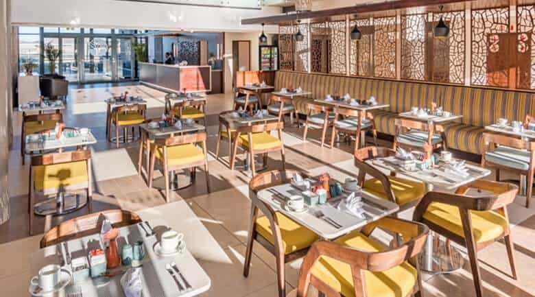 Town Lodge Windhoek breakfast area